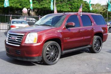 2009 GMC Yukon - Image 2
