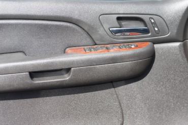 2009 GMC Yukon - Image 10