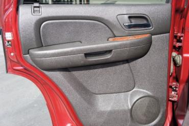 2009 GMC Yukon - Image 16