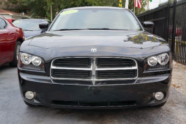 2010 Dodge Charger - Image 1