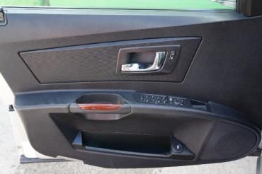 2007 Cadillac CTS - Image 13