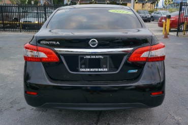 2014 Nissan Sentra - Image 3