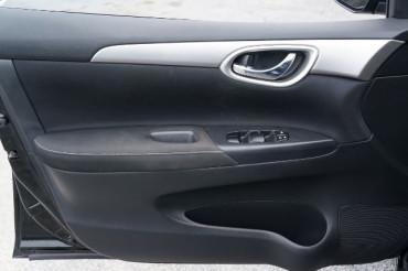 2014 Nissan Sentra - Image 9