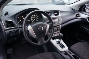 2014 Nissan Sentra - Image 11