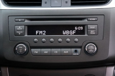 2014 Nissan Sentra - Image 24