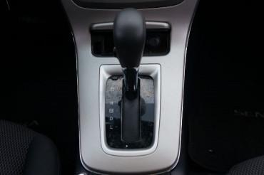 2014 Nissan Sentra - Image 26