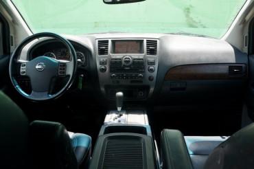 2008 Nissan Armada - Image 25