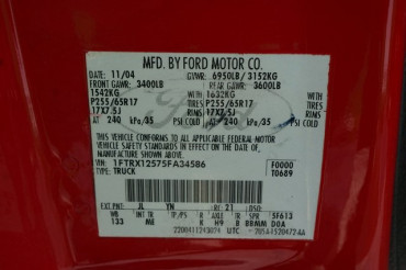 2004 Ford F-150 - Image 13