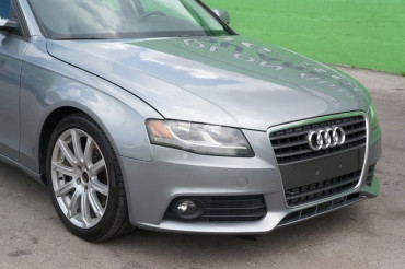 2010 Audi A4 - Image 8