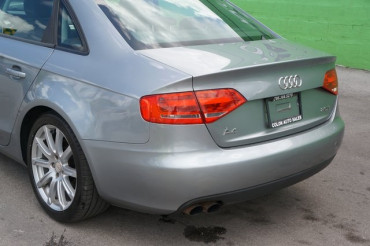 2010 Audi A4 - Image 10