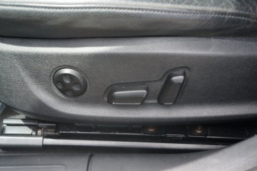 2010 Audi A4 - Image 18