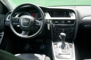 2010 Audi A4 - Image 27
