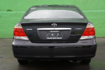 2005 Toyota Camry - Image 3
