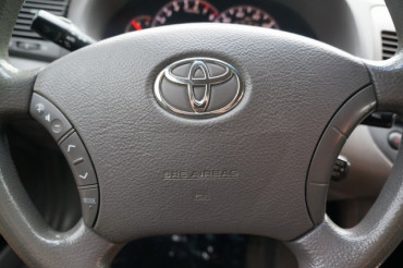 2005 Toyota Camry - Image 18