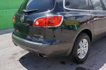 2009 Buick Enclave - Image 11