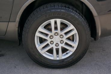 2009 Buick Enclave - Image 12