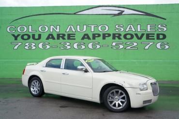 2006 Chrysler 300 - Image 6