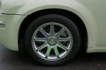 2006 Chrysler 300 - Image 8