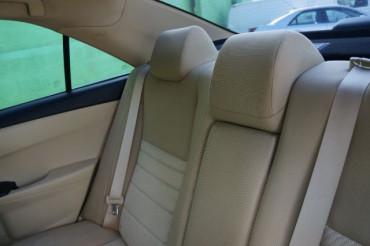 2017 Toyota Camry - Image 18