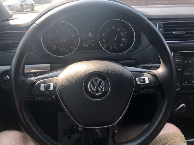 2017 Volkswagen Jetta - Image 19