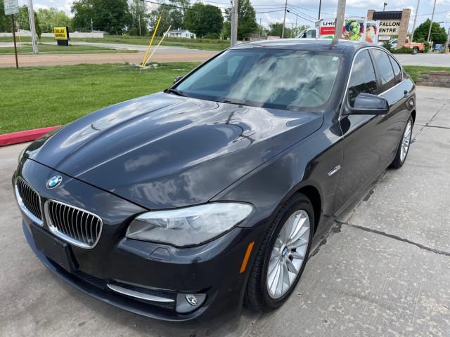 2011 BMW 535 - Image 2