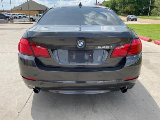 2011 BMW 535 - Image 6