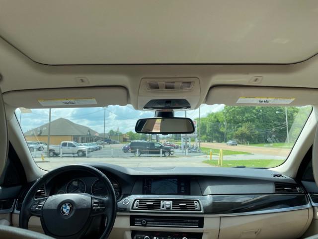 2011 BMW 535 - Image 11