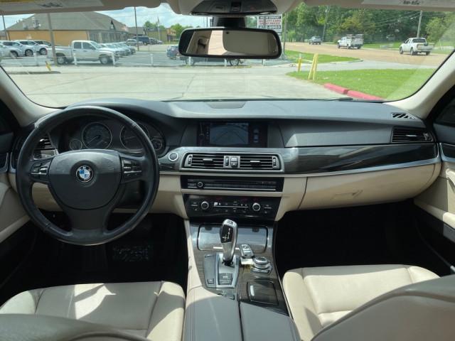 2011 BMW 535 - Image 12
