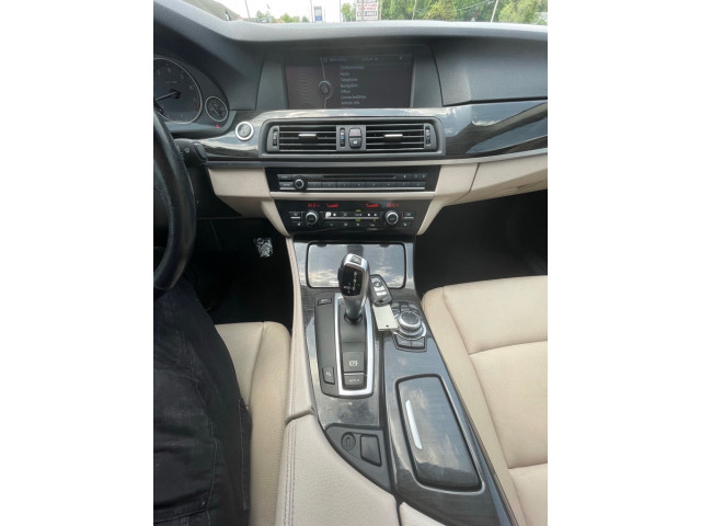 2011 BMW 535 - Image 13